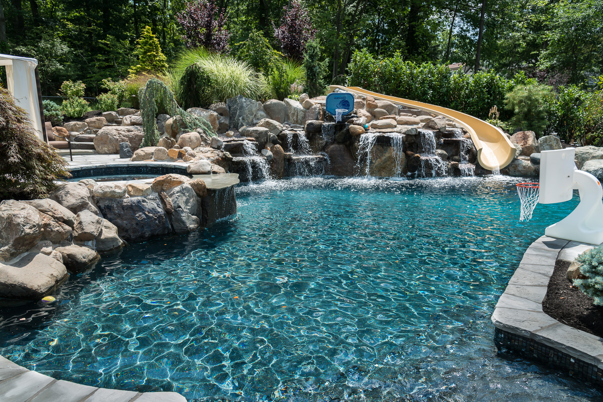 Backyard pools by design home design for Pool design nj