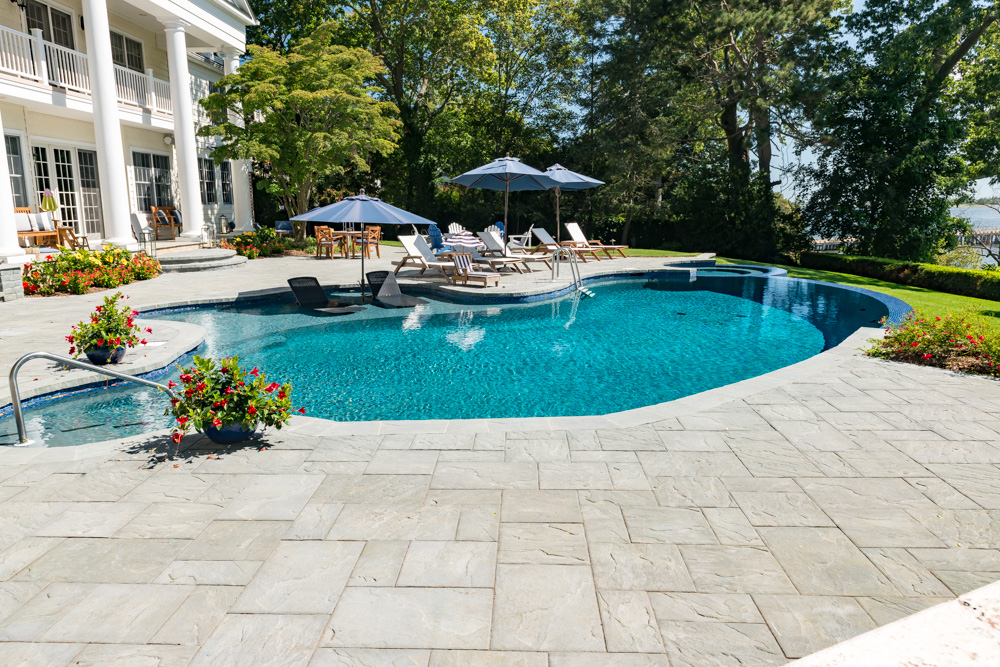 Vanishing custom pool design in navesink nj get in touch for Pool design inc bordentown nj
