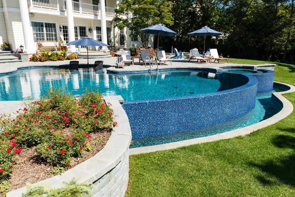 Pools by Design - Vanishing Edge Pool - New Jersey - Custom Inground ...