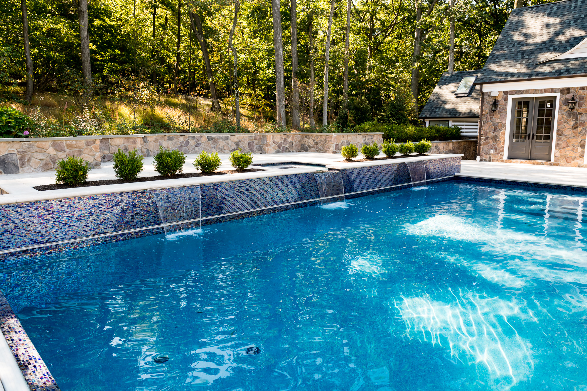 Inground pool and spa in watchung by pools by design nj for Pool design inc bordentown nj
