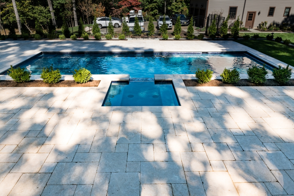 Nj pool and spa designs custom inground swimming pools and for Pool design hamilton nj
